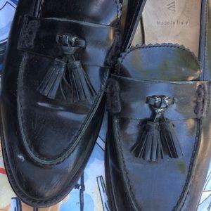 Perfect vintage leather tassel loafers